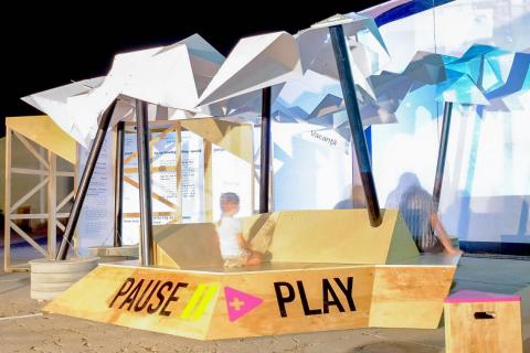 Pause and Play installation